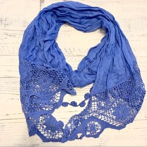 Dorothy Perkins Blue Floral Crocheted Scarf